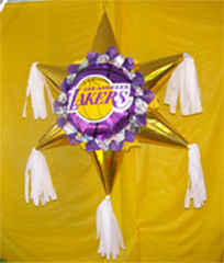 lakers_pinata_2
